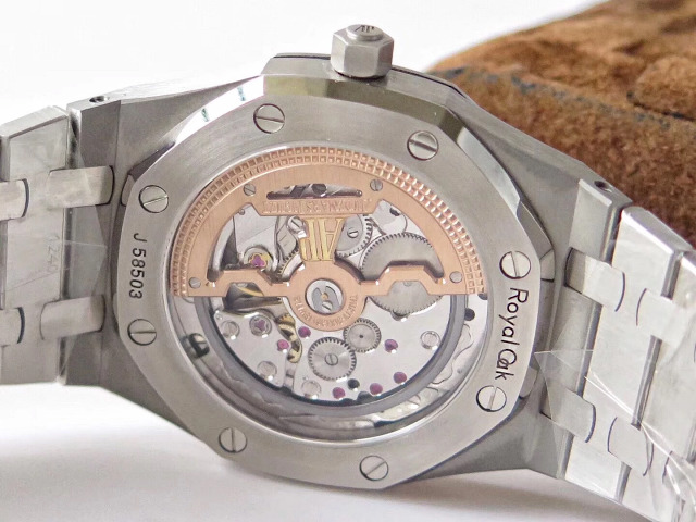 Replica Audemars Piguet 15202 Crystal Back